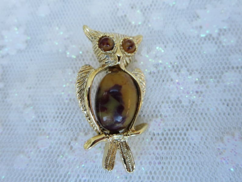 Vintage Cobochon Owl Brooch Gold Plated Wings and Perch image 0