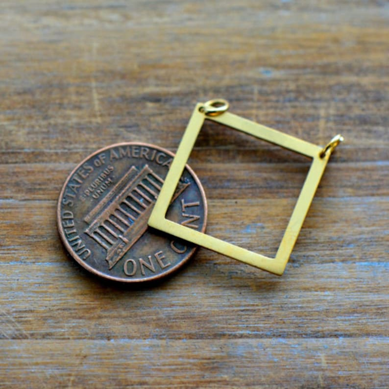AS002 Square Outline Geometric Charm Link Brushed 24k Gold Plated Stainless Steel Geometric Layered Charm Minimal Jewelry Pendant