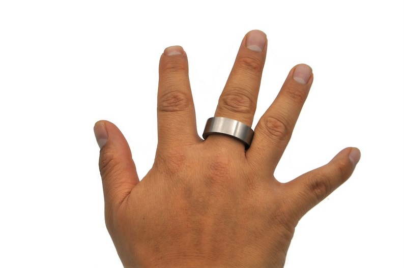 Bold Stainless Steel Men/'s Ring Classic Steel Band Ring Gift for Man