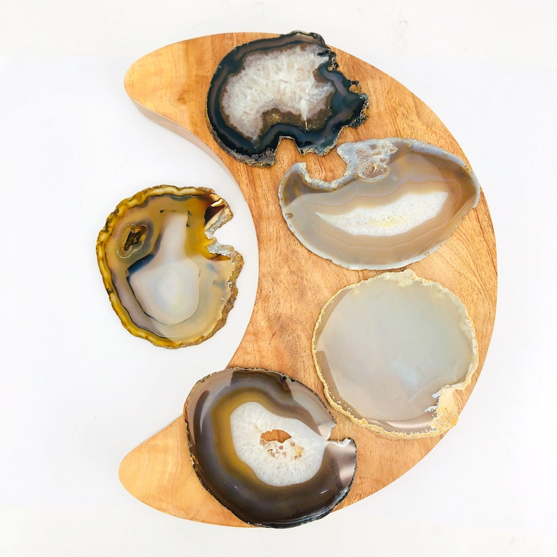 Set of 10 Agate Slices LB600-12 Natural and Black Assorted Colors